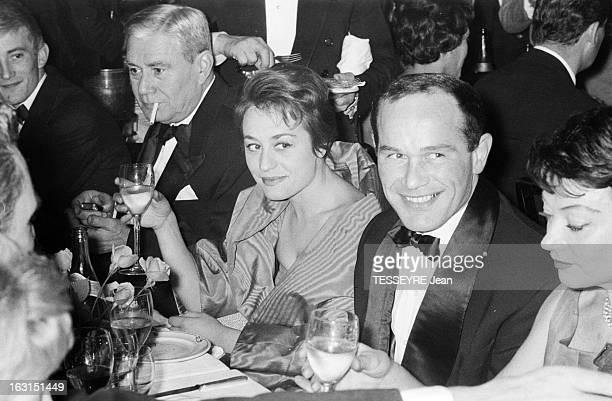 Evening At Maxim'S In 1958 Paris 28 novembre 1958 Lors d'une soirée organisée au restaurant MAXIM'S en présence de plusieurs célébrités Annie...