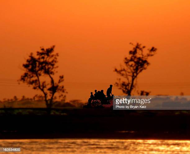 evening commute - khulna - khulna stock photos and pictures