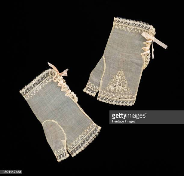 Evening mitts, American, 1830-39. Artist Unknown.