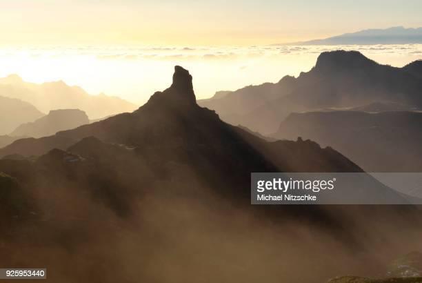 Evening mood, view from Mirador Degollada de Becerra to Roque Bentayga, Gran Canaria, Canary Islands, Spain