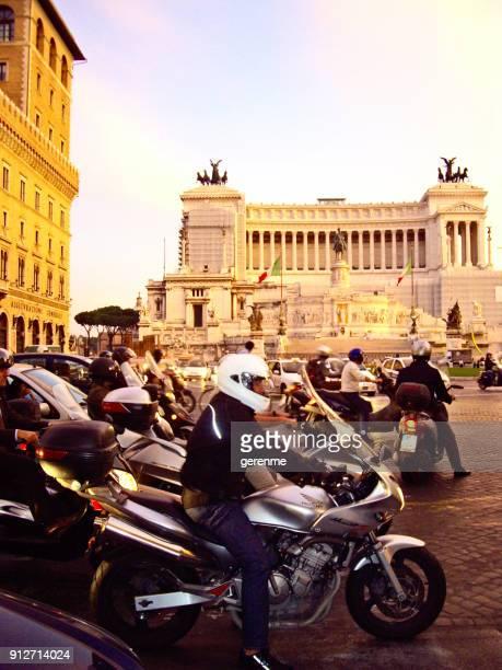 Evening rush in Rome