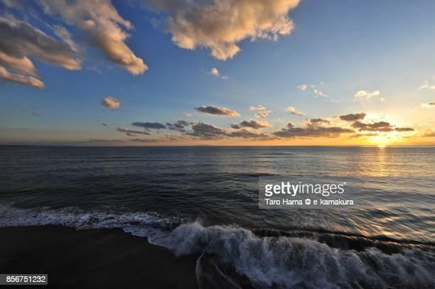 Evening sun and orange-colored sunset clouds on Sagami Bay and Izu Peninsula