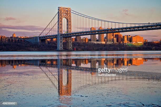 evening sunlight on the george washington bridge - - george washington bridge stock pictures, royalty-free photos & images