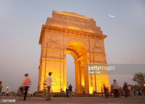evening view of monument. - india gate delhi stock pictures, royalty-free photos & images