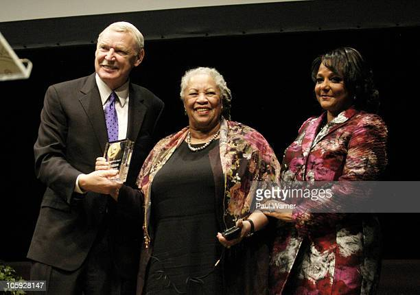 Event cochairs Jim Tyree and Cheryl Mayberry McKissack present author Toni Morrison with the Carl Sandburg Literary Award at the the Carl Sandburg...