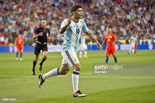 Ever Banega of Argentina celebrates after scoring the second goal of his team during a group D match between Argentina and Chile at Levi's Stadium as...
