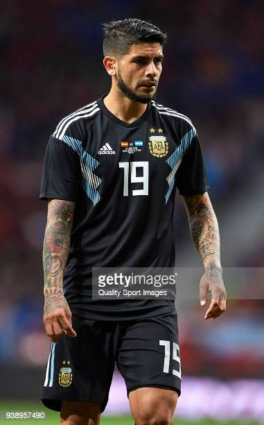 Ever Banega of Argentina looks on during the international friendly match between Spain and Argentina at Wanda Metropolitano stadium on March 27 2018...