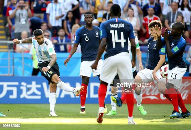 Ever Banega of Argentina Paul Pogba Benjamin Pavard and N'Golo Kante of France during the 2018 FIFA World Cup Russia Round of 16 match between France...