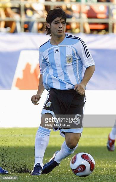 Ever Banega of Argentina plays the ball in the quarterfinal match of the FIFA U20 2007 World Cup against Mexico at Frank Clair Stadium on July 15...
