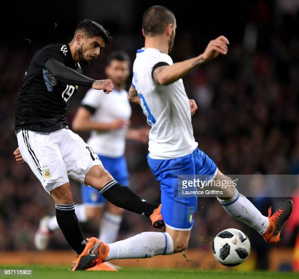 Ever Banega of Argentina scores his sides first goal during the International friendly match between Italy and Argentina at Etihad Stadium on March...
