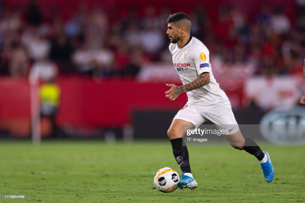 Sevilla FC v APOEL Nikosia: Group A - UEFA Europa League : Fotografía de noticias