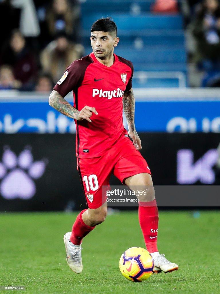 Deportivo Alaves v Sevilla - La Liga Santander : Fotografía de noticias