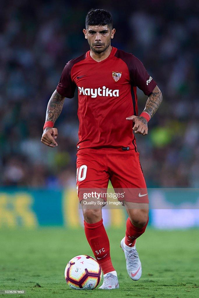 Real Betis Balompie v Sevilla FC - La Liga : Fotografía de noticias