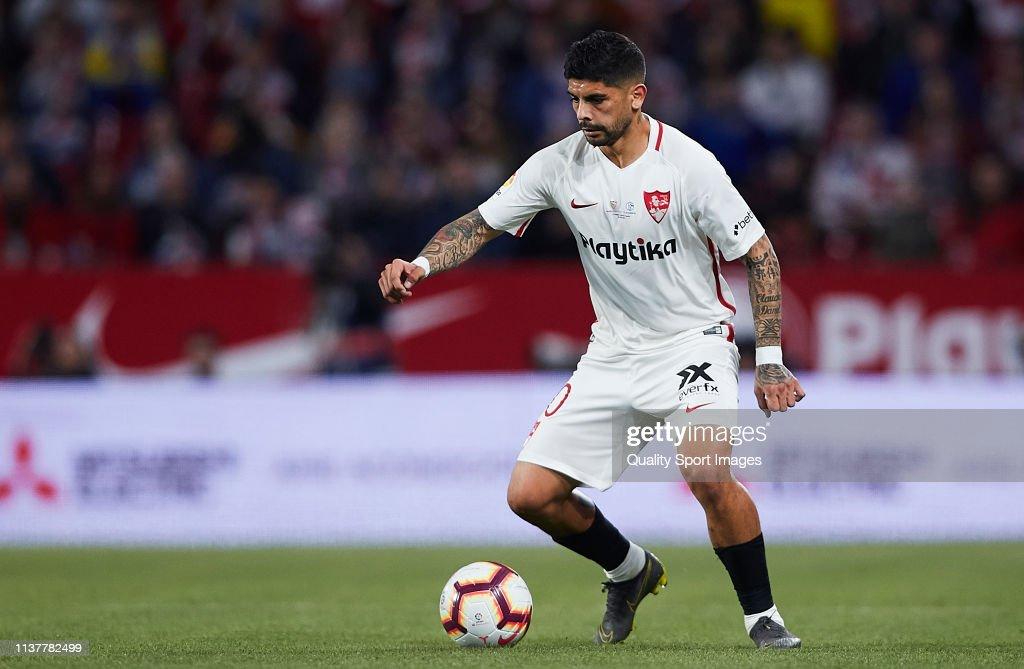 Sevilla FC v FC Schalke 04 - Trofeo Antonio Puerta : Fotografía de noticias