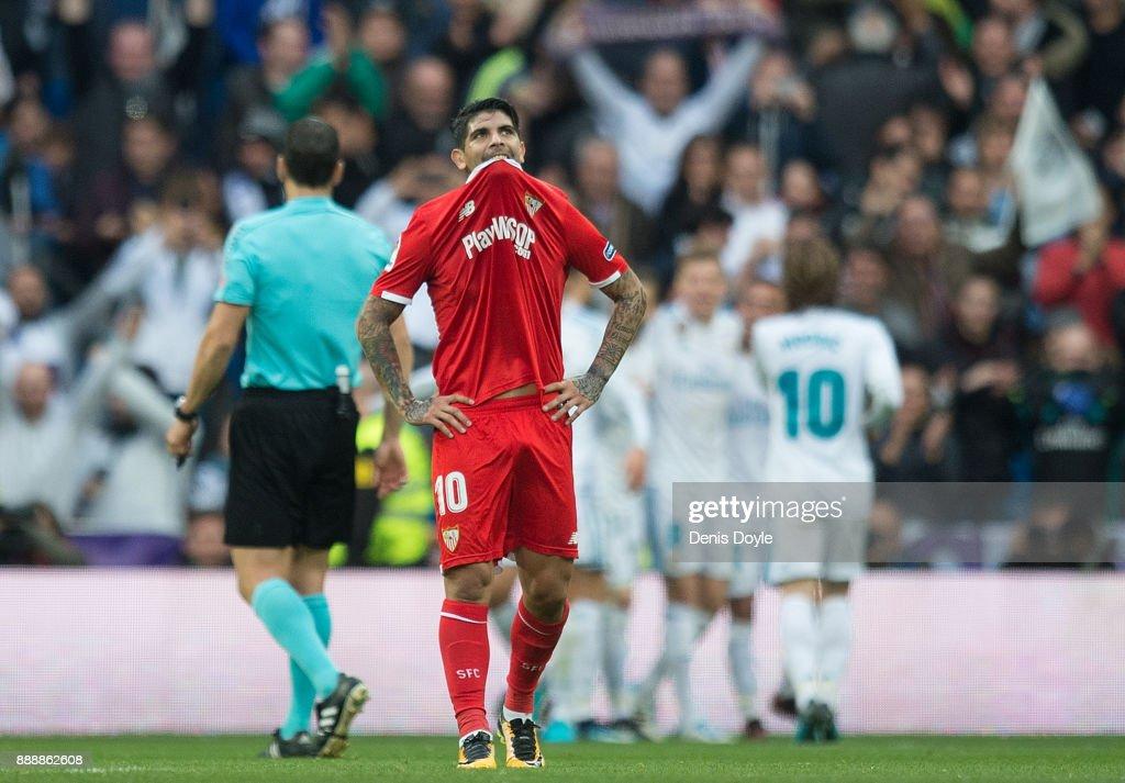 Real Madrid v Sevilla - La Liga : Fotografía de noticias