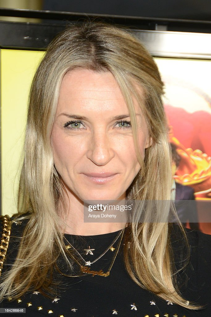 Ever Carradine arrives at the LA screening of Magnolia Pictures' 'The Brass Teapot' at ArcLight Hollywood on March 21, 2013 in Hollywood, California.