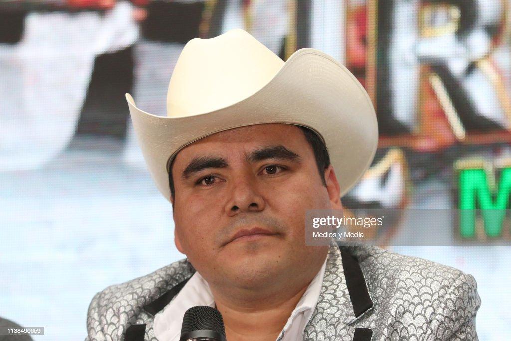 MEX: El Trono Press Conference