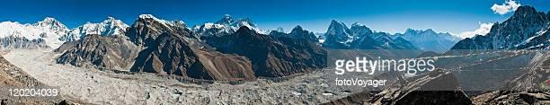 everest glacier panorama himalaya peaks cho oyu gokyo mountains nepal - gokyo lake stock pictures, royalty-free photos & images