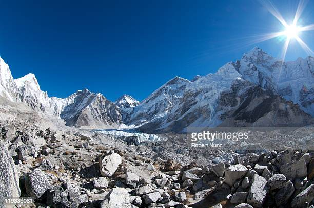 everest, nuptse, lingtren and others - category:cs1_maint:_others stock pictures, royalty-free photos & images