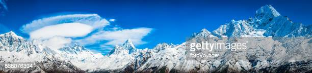 Everest valley Himalaya mountain peaks panorama Lhotse Ama Dablam Thamserku