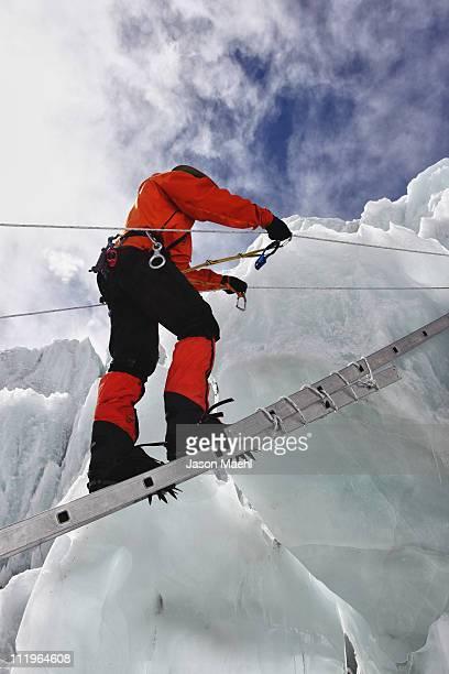 everest's khumbu icefall - khumbu stock pictures, royalty-free photos & images
