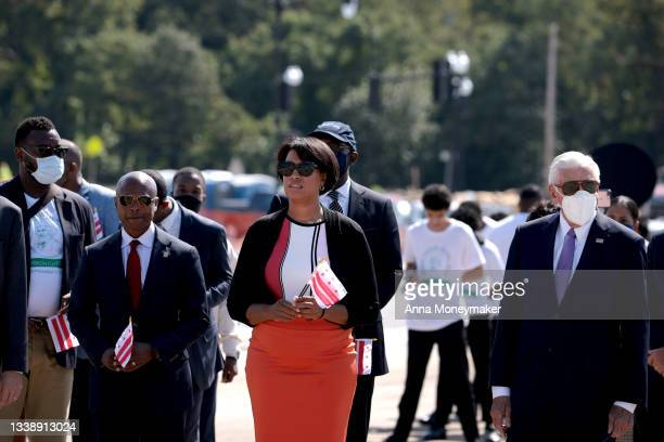 Everett Lott, the interim Director of the District Department of Transportation for DC, DC Mayor Muriel Bowser and U.S. House Majority Leader Steny...