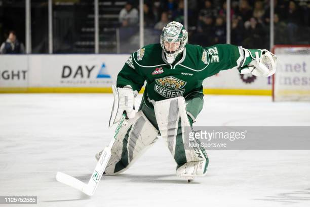 Everett Silvertips goaltender Dustin Wolf hustles to the bench for a delayed penalty on the Seattle Thunderbirds in the second period during a game...