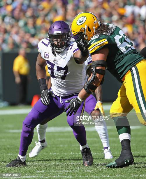Everson Griffen of the Minnesota Vikings rushes against David Bakhtiari of the Green Bay Packers at Lambeau Field on September 16 2018 in Green Bay...