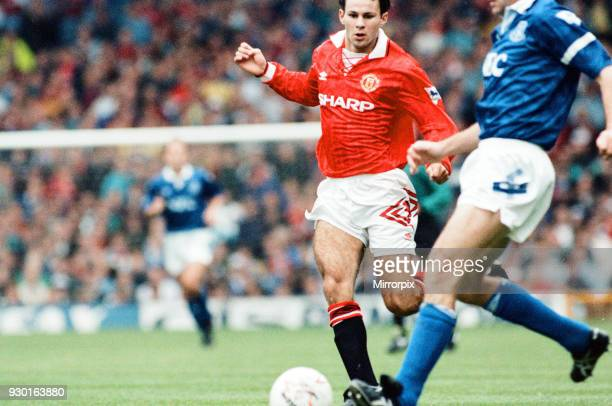 Everton 0-2 Manchester United, league match at Goodison Park, Saturday 12th September 1992. Ryan Giggs.