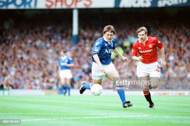 Everton 02 Manchester United league match at Goodison Park Saturday 12th September 1992 Peter Beardsley Andrei Kanchelskis