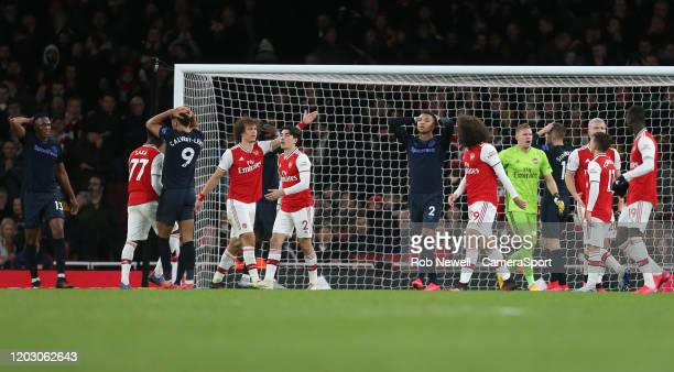 Everton despair after Dominic CalvertLewin goes close with a late header during the Premier League match between Arsenal FC and Everton FC at...