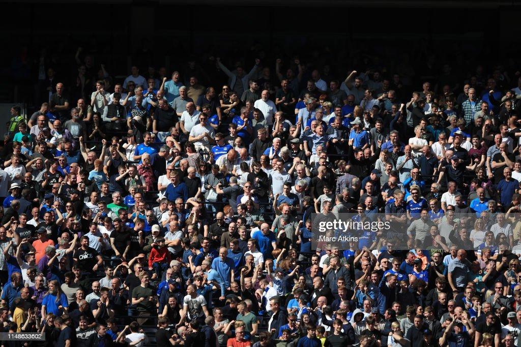 Tottenham Hotspur v Everton FC - Premier League : News Photo