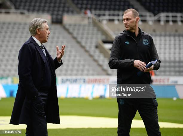 Everton FC Manager Carlo Ancelotti speaks with Everton FC Assistant Manager Duncan Ferguson before the Premier League match between Newcastle United...