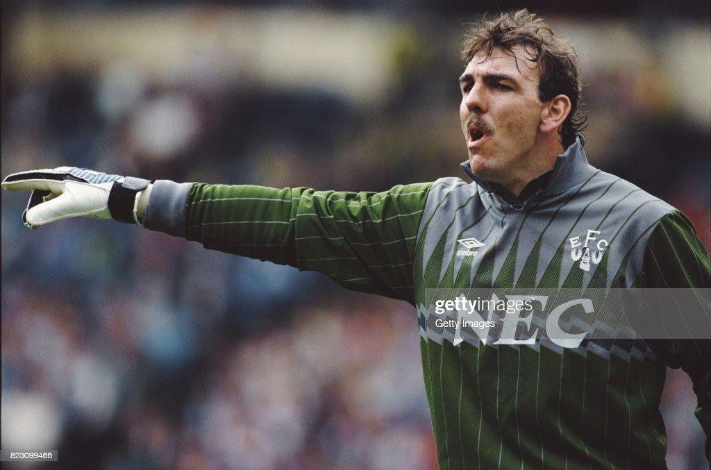 Neville Southall Everton Goalkeeper 1989 : News Photo