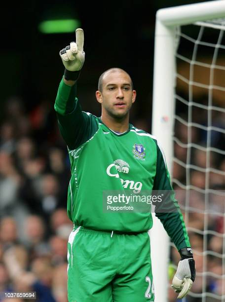 Everton goalkeeper Tim Howard in action during the Barclays Premier League match between Chelsea and Everton at Stamford Bridge in London England on...