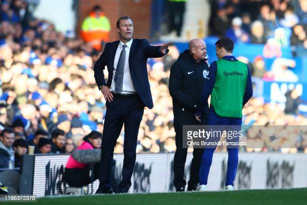 Everton manager Duncan Ferguson gestures from the touchline the Premier League match between Everton FC and Arsenal FC at Goodison Park on December...