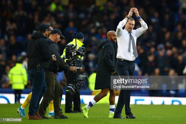 Everton manager Duncan Ferguson waves to the crowd following the Premier League match between Everton FC and Arsenal FC at Goodison Park on December...