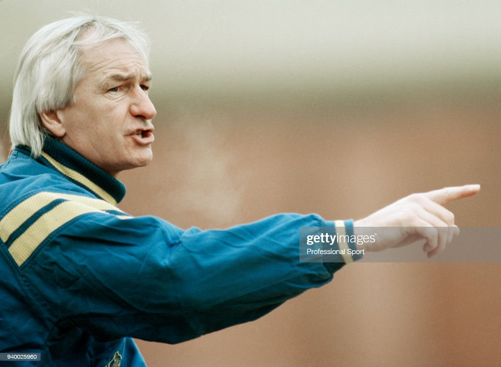 Mike Walker - Everton Manager : News Photo