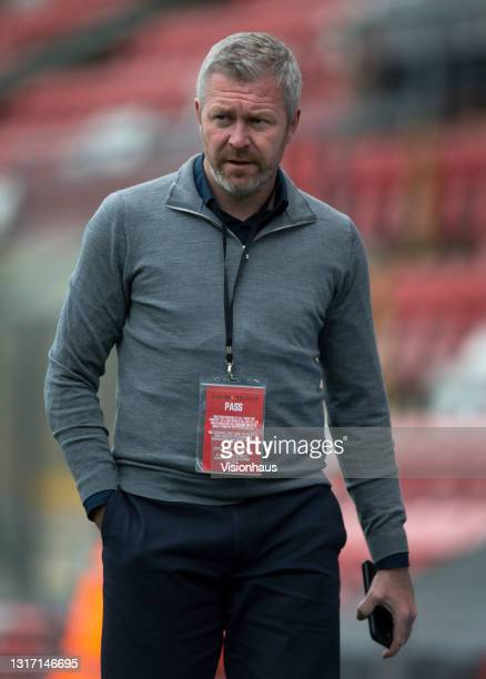 Everton manager Willie Kirk before the Barclays FA Women's Super League match between Manchester United Women and Everton Women at Leigh Sports...