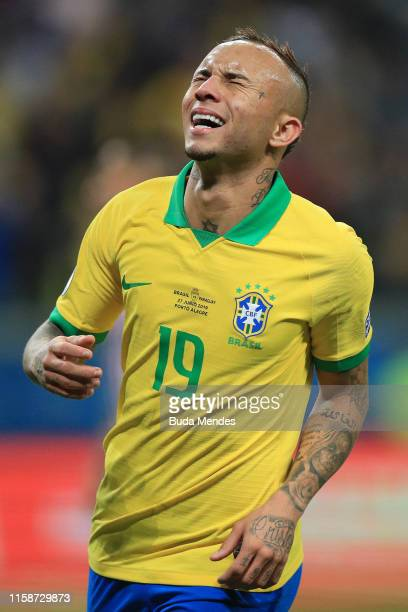 Everton of Brazil reacts during the Copa America Brazil 2019 quarterfinal match between Brazil and Paraguay at Arena do Gremio on June 27, 2019 in...