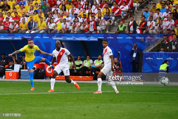 Everton of Brazil scores his side's third goal during the Copa America Brazil 2019 group A match between Peru and Brazil at Arena Corinthians on June...