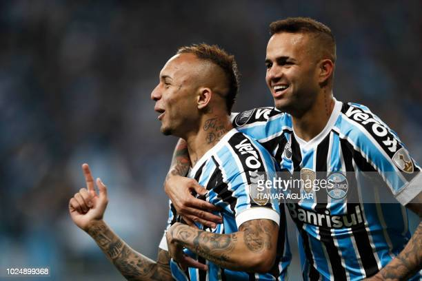 Everton of Brazil's Gremio celebrates after scoring against Argentina's Estudiantes during their Copa Libertadores 2018 football match held at the...