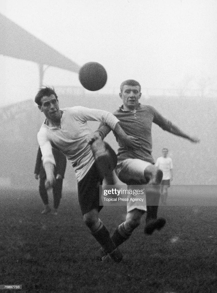 Everton play Tottenham Hotspur, 22nd November 1913.
