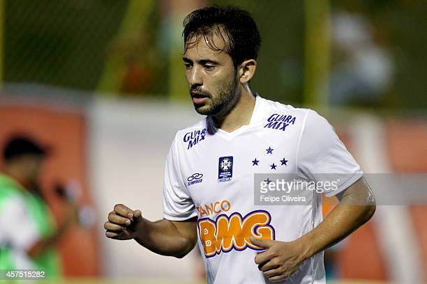Everton Ribeiro of Cruzeiro in action during the match between Vitoria and Cruzeiro as part of Brasileirao Series A 2014 at Estadio Manoel Barradas...