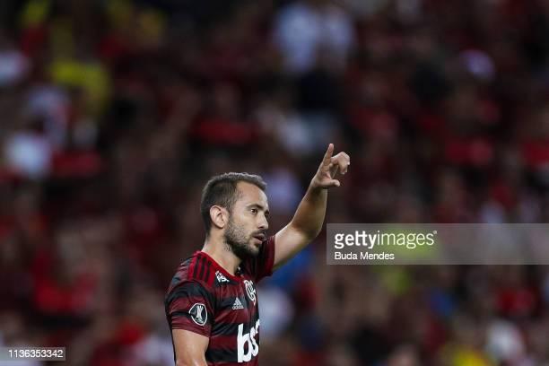 Everton Ribeiro of Flamengo celebrates a scored goal during a match between Flamengo and San Jose BOL as part of Copa CONMEBOL Libertadores 2019 at...
