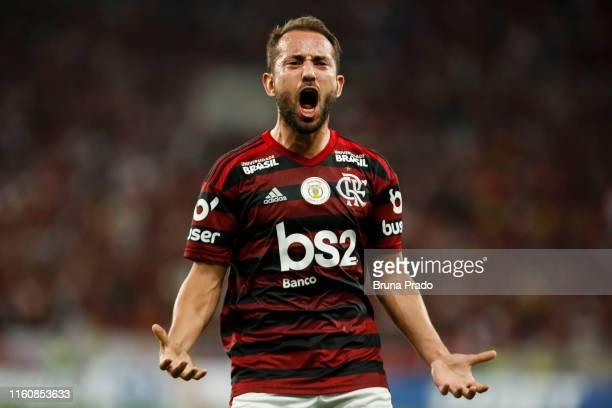 Everton Ribeiro of Flamengo celebrates a scored goal during a match between Flamengo and Gremio as part of Brasileirao Series A 2019 at Maracana...