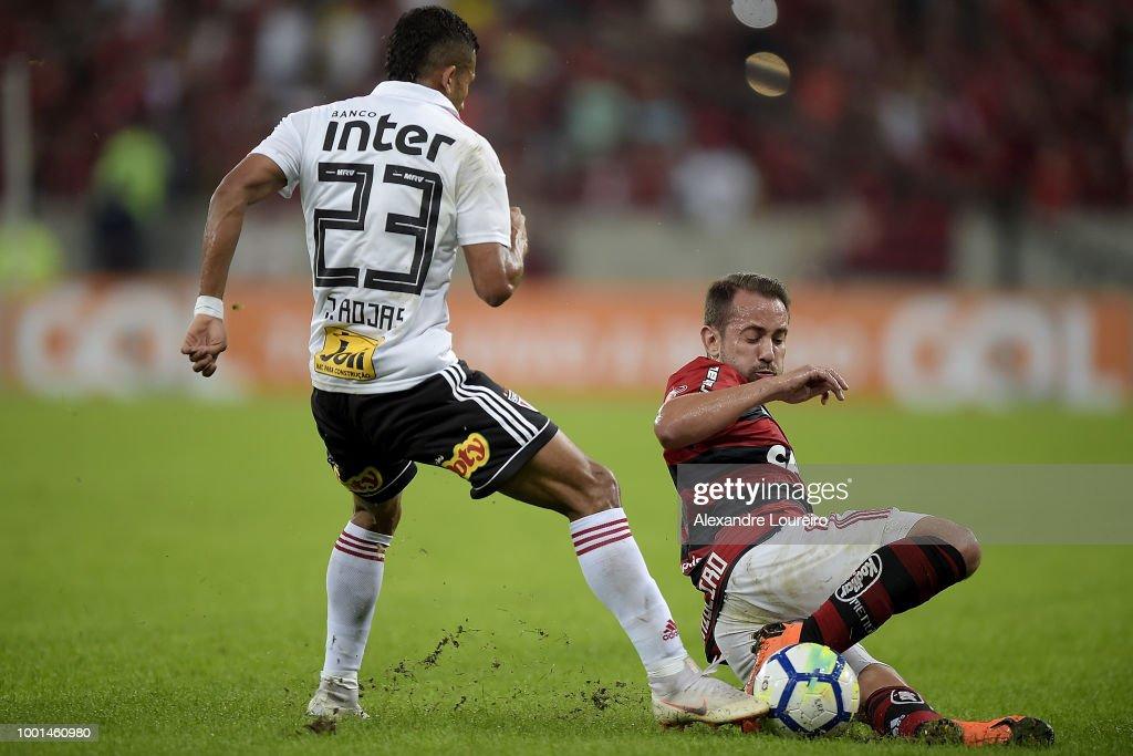 Flamengo v Sao Paulo - Brasileirao Series A 2018