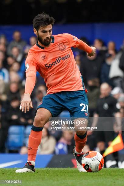 Everton's Andre Gomes during the Premier League match between Chelsea FC and Everton FC at Stamford Bridge on March 8 2020 in London United Kingdom