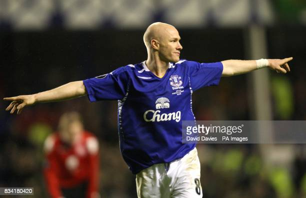 Everton's Andrew Johnson celebrates scoring the sixth goal of the match