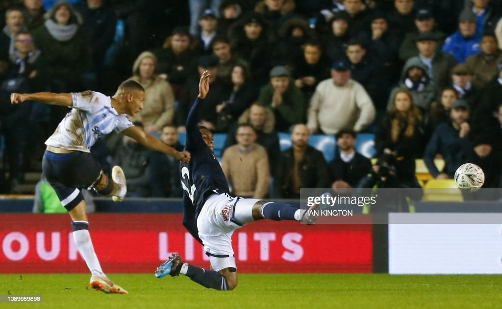 FBL-ENG-FACUP-MILLWALL-EVERTON : News Photo